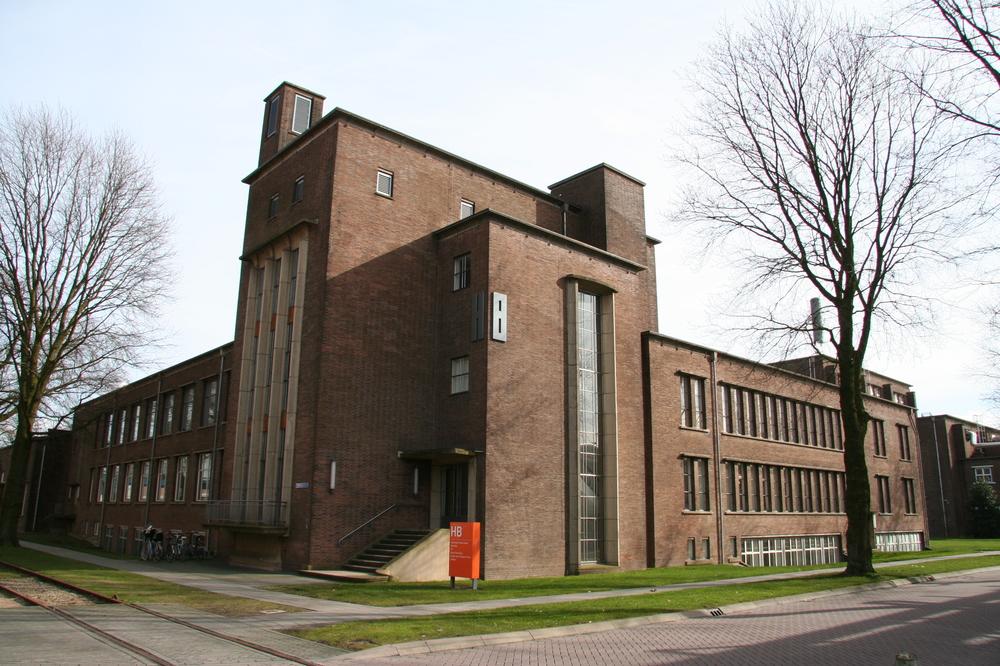 Gebouw HB Industriepark de Kleefse Waard Arnhem. Renovatieproject. Schilderwerk binnen, buiten, beglazing, wandafwerking. Opdrachtgever Karbouw.JPG